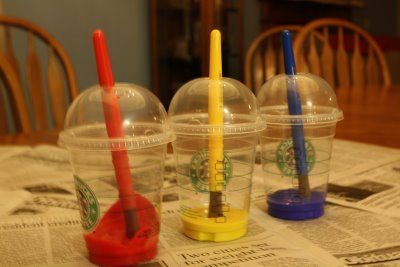 Recycle ice cap cups into No-Spill Paint Cups - great idea!: Good Ideas, Memorial Cups, For Kids, Clean, Reuse Recycled, Paintings Cups, Starbucks Cups, Great Ideas, Paintings Brushes