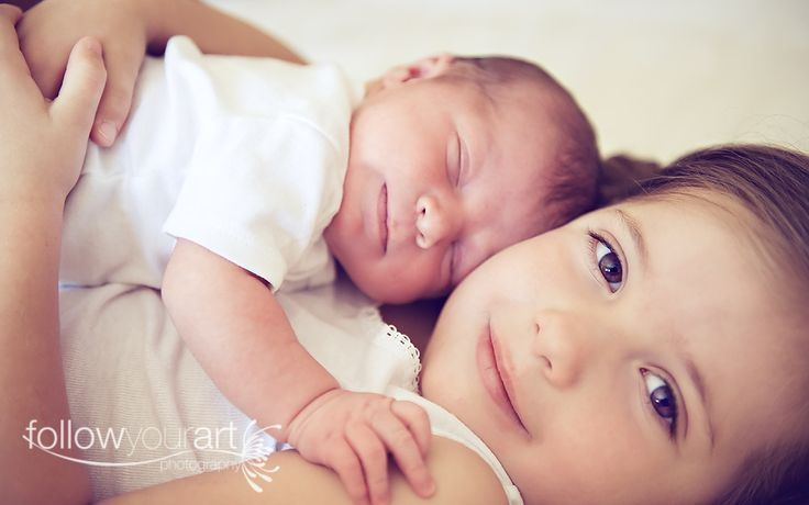 cute sibling pictures!: Sibling Pics, Newborn Photography, Siblings Pics, Families Photo, Photo Idea, Siblings Pictures, Newborn Pictures With Siblings, Pictures Idea, Picture Ideas