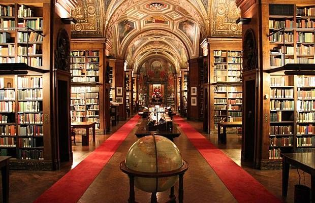 The University Club Library in Manhattan, New York. The University Club is a private club and hotel founded in 1861, and the current building was built in 1899. The library is an impressively-enormous, vaulted space with ornate gilding on the ceilings and thousands of books – perhaps the largest private library in the United States. <3