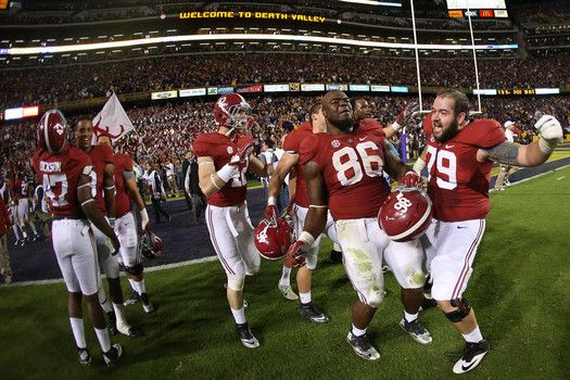 College football rankings released: Alabama survives LSU, moves to No.3