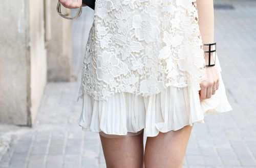 Lace + pleats | Pinned by @thefifthwatches