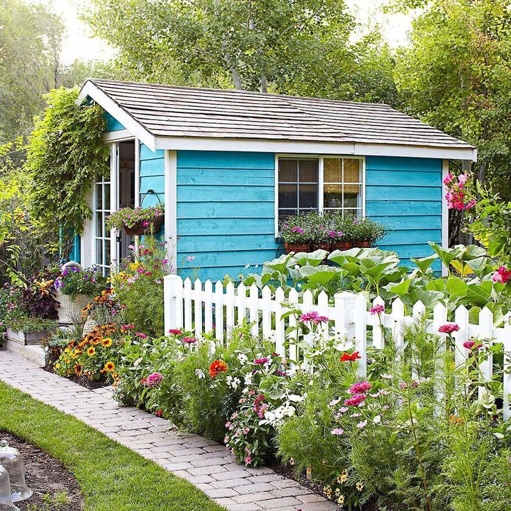 Small Garden Yard With Cute Purple Plants Contemporary: Best 20+ Cottage Garden Sheds Ideas On Pinterest