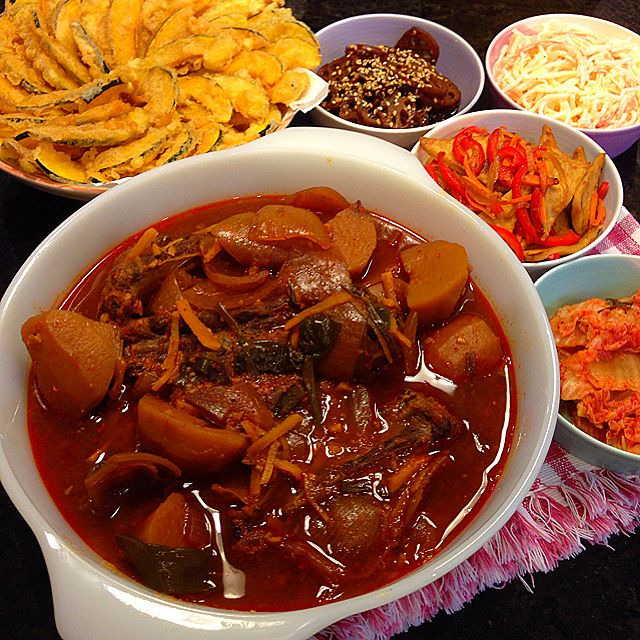 Korean Style Slow Cooked Pork Ribs Recipe - coasterkitchen - Dayre