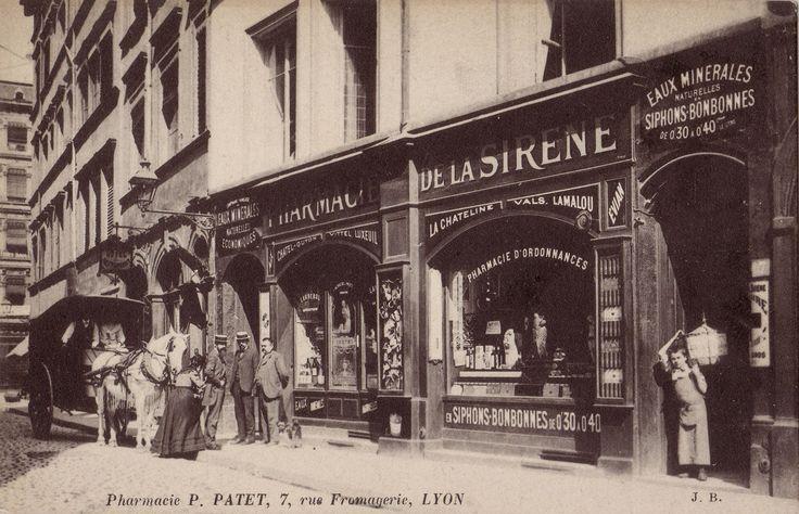 Pharmacie de la sirène, 1900 7, rue de la fromagerie, Lyon 2ème aujourd'hui il y a un restaurant de sushi ---> http://www.lyon-shop-design.com/upload_commercant2012/matsuri-5.jpg :(
