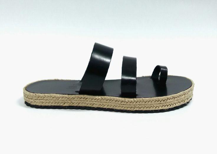 Triope _Black Handcrafted leather sandals