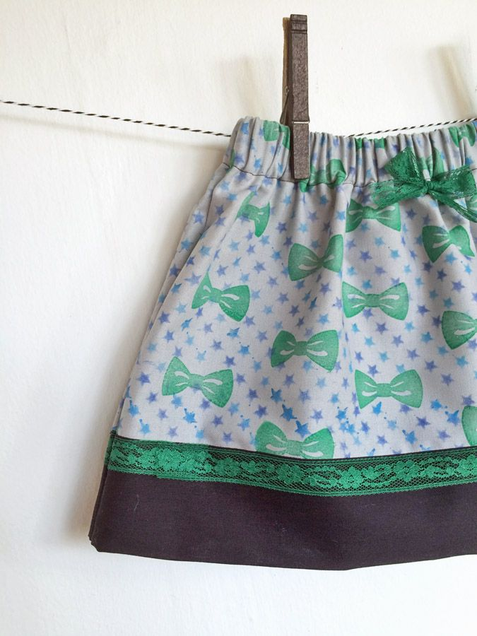 How to Make Cute Stenciled Toddler Skirt with Stars & Bows with ColorBox Crafter's Ink by Sabrina