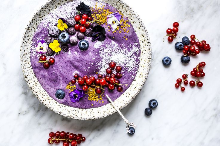Blueberry Bliss Bowl from The Fit Foodie... I can't wait to give this a try now that I've got a new blender!