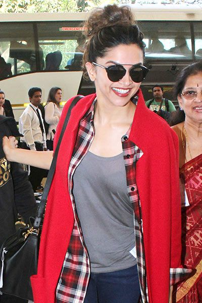 Indian Girls Villa: Deepika Padukone Spotted At Mumbai Airport