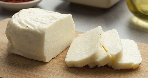 Domácí cottage, mozzarella a další sýry: Jsou rychlé, snadné a božské! | Recepty.Blesk.cz