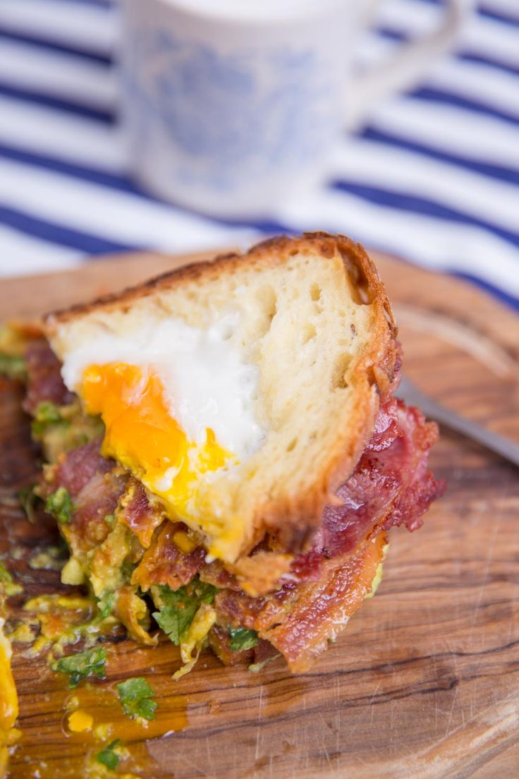 The Ultimate Breakfast Sandwich – The Londoner