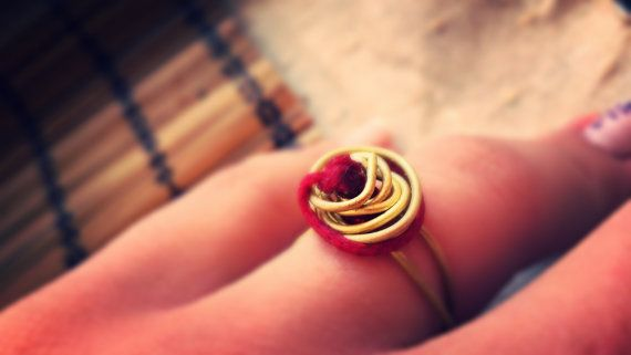 Ring Rose from Gold Plated Stainless Steel Wire/ by bizeli on Etsy, €8.00