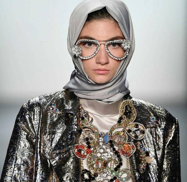 Anniesa Hasibuan collection at New York Fashion Week 2016