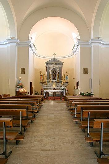 Chiesa S.Efisio - Vista altare #Capoterra #Sardegna