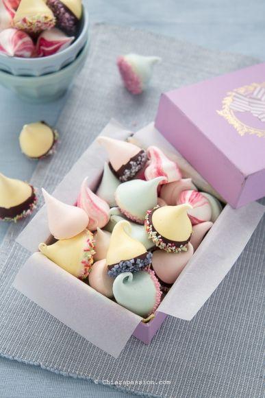 ricetta-per-fare-meringhe-meringue-kisses