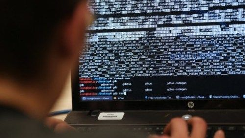 Βρετανία: Κατασκήνωση hackers... υπό την αιγίδα του Κράτους: Ένα νέο τρόπο για να συνετίσει τους νεαρούς χάκερς αποφάσισε να εφαρμόσει…