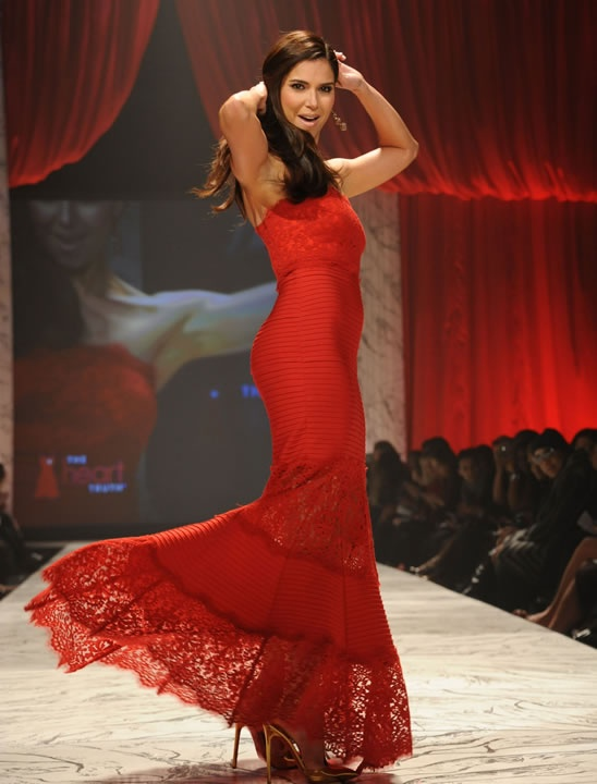 Beautiful Roselyn Sanchez!!