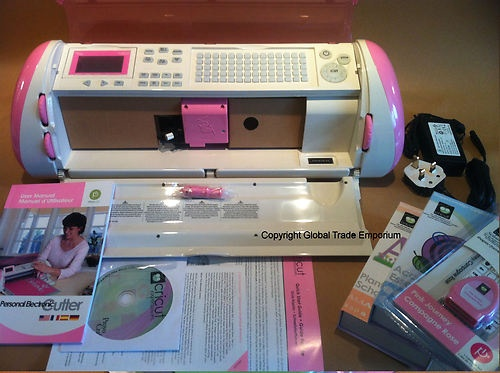 Cricut Expression Pink Journey Cutter With 3 Cartridges