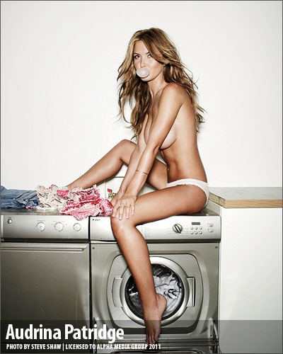 Hot naked american nfl babe