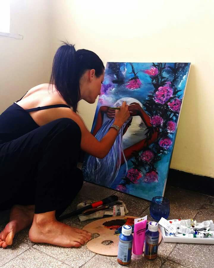 Artist at work, anywhere anytime. Anna Madarasz
