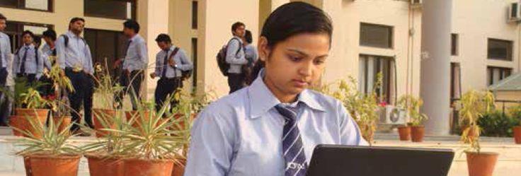 B.Com Program | Full-time Campus Programs in Jaipur | The ICFAI University Jaipur