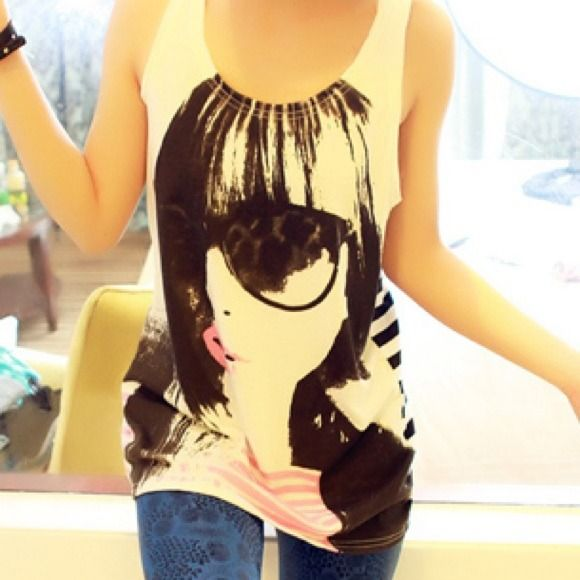 cute trendy top!! adorable top, comfortable and fashionable!! Brand new with tag ever worn!!! Tops