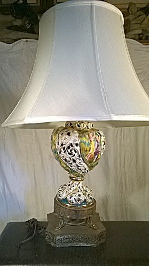Vintage Capodimonte Porcelain Lamp