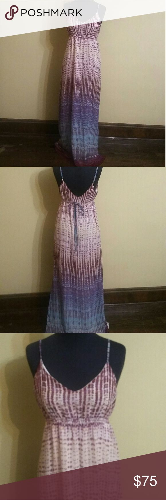 Charlie Jade Dress Charlie Jade multi color Ombre dress tan and burgundy and blue colors in it. It is in great condition Charlie Jade Dresses Maxi