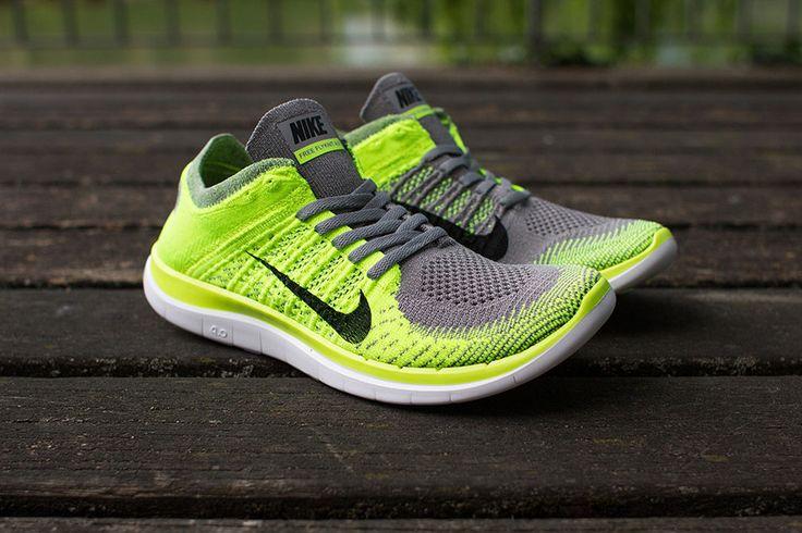 Nike X  Shoe Aus