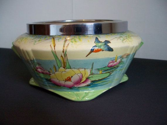 Hand coloured Art deco bowl depicting kingfisher and lilies