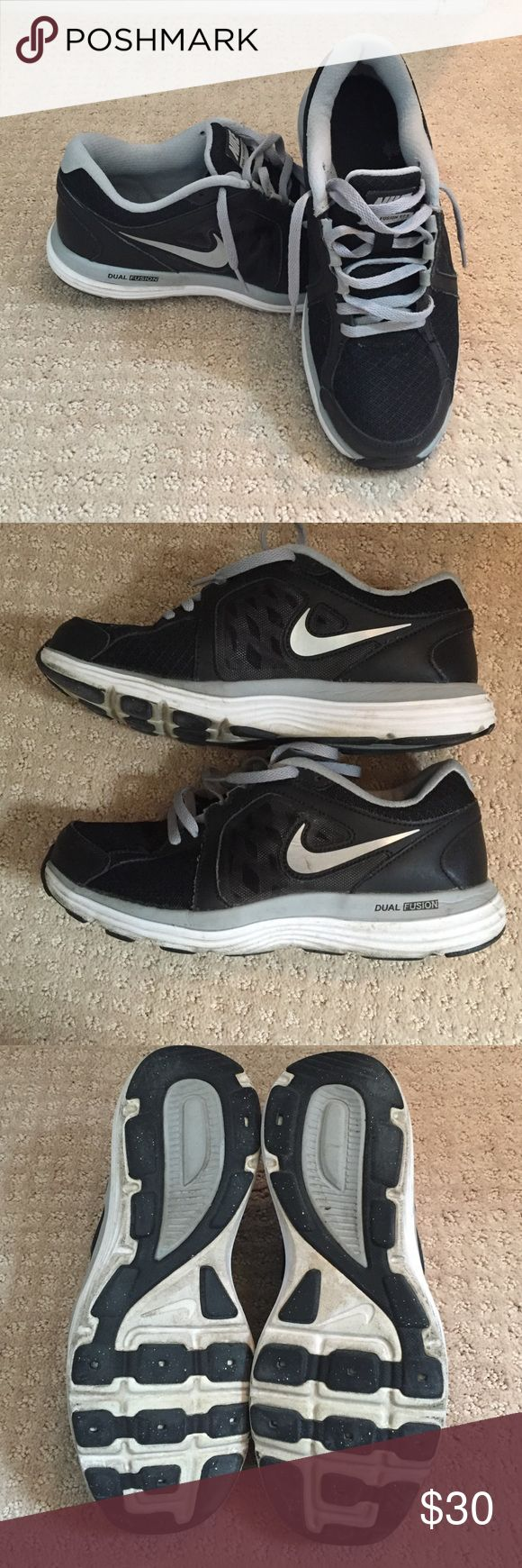Nike Dual Fusion shoes size 7 Used. Good condition. Slightly dirty from being worn outside. Nike Shoes Sneakers