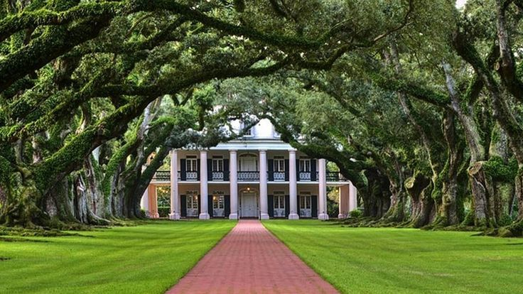Oak alley plantation new orleans la a iconic for Home builders in south louisiana