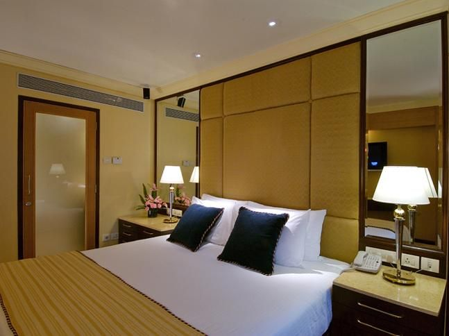 Deluxe Allure Suite - A room strictly for those who like to indulge in that little extra! Get the details here - http://bit.ly/1sHt0NT #Hotelroom #Hotel #Vivantabytaj #Mumbai #Vacation #Business #Travel.