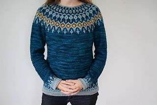 Starfall is a fun, quick knit. Beginning from the bottom, and working seamlessly and in the round, the body and sleeves are worked first, with optional stranded colorwork motifs at the hem and cuff. Subtle waist shaping is worked for a feminine silhouette. After joining for the yoke, short row shaping is worked on the back of the sweater for a great fit in the shoulders. Last but not least comes the best part - the stranded colorwork yoke! This design is well-suited to many styles of yarn…