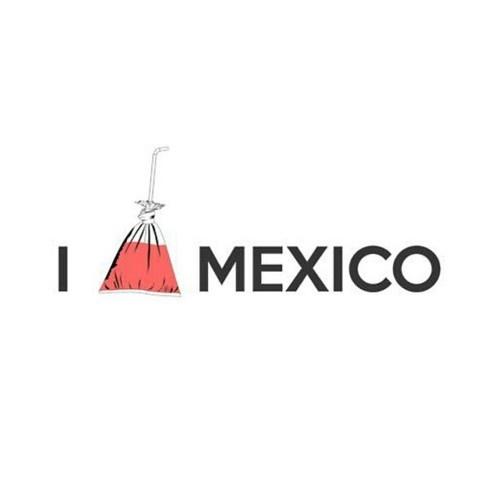 Refesco en bolsa!! <3 Drink in a bag - so Mexican!