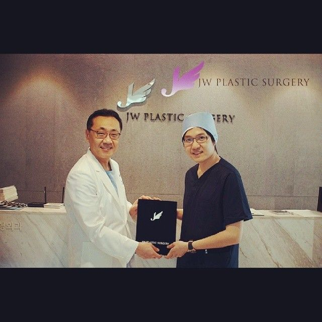 Dr.Piyapol Pattanakru from Thailand has been trained in JW Plastic Surgery Korea from 24th to 27th 2014. Congratulations!Another Thai doctor completed his study in JW!  JW Plastic Surgery Korea  598-6 Shinsa, Gangnam, Seoul, South Korea  English Hotline : +82-1057685114/ 1071955114  Kakao Talk ID : jwps / jwbeautykr  E-mail : jw_beauty@naver.com  Homepage : www.jwbeauty.net  Blog : www.jwbeautykorea.blogspot.com  #plasticsurgery#JWbeauty #jwplasticsurgery #ManKoonSuh #HongLimChoi…