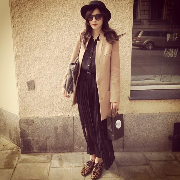 """Bag, Belt and shoes from Petite Mendigote,#streetlook#stockholm#"""