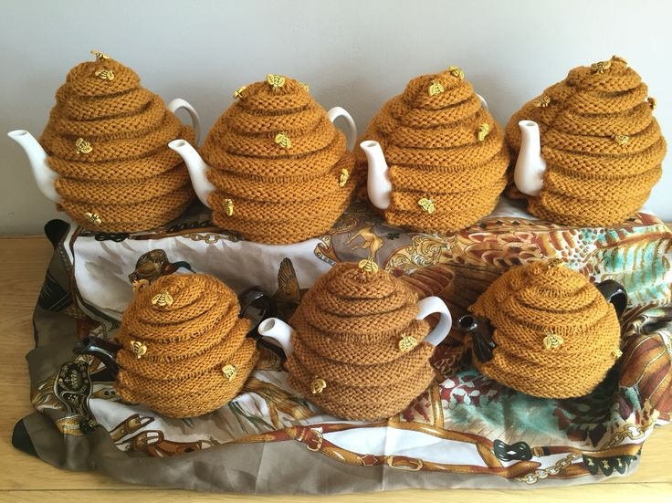 Been buzzy with these hive tea cosies