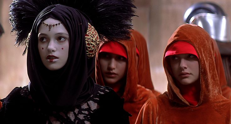 Sabé (as the decoy queen) - Keira Knightley - Star Wars - The Phantom Menace
