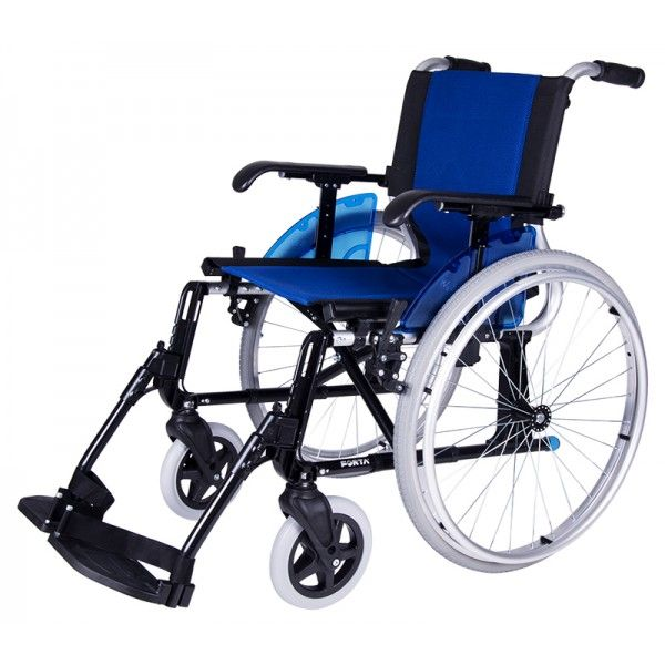 SILLA DE RUEDAS DE ALUMINIO PLEGABLE - REF: LINE R-600: Pesa tan sólo 13,5 kg. lo que la convierte en una de las sillas más ligeras de su categoría. Se trata de una silla de ruedas con cruceta manual ligera fabricada en aluminio sin ninguna soldadura.