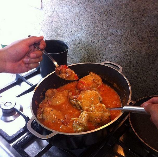 Pollo a la vasca a manos del chef de la casa @pedro1696