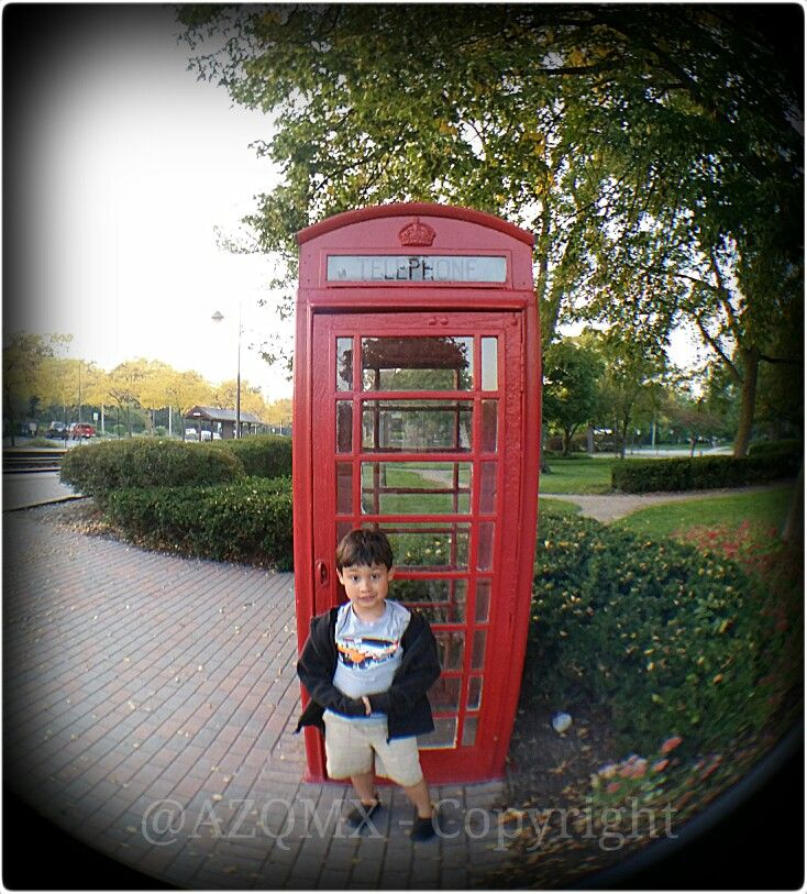 Family Time - #PapiAventuras  - Arielo Anglo wanting to call his cousin s in Paris, France ;) -  @helenation @PinkGuayoyo +Helenation ! - #UK, #unionjack, #union_jack, #england, #Salvador, #Jesuit, #ihs, #jesuita, #ultramarathon, #raramuri, #Tarahumara, #NativeAmerican, #Georgia, #Armenia, #Caucasus, #Russia, #Yokuzuna, #Japan, #Tampico, #rosa, #rosas, #rose, #roses, #winter,  #vinter, #invierno, #Faldo,  #Dog, #bollywood, #india, #rajasthan, #budha, #buda, #Castle, #halloween, #Avion…