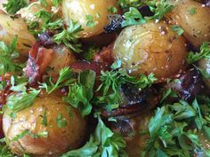 Bagte kartofler med rødløg og timian - Powered by @ultimaterecipe