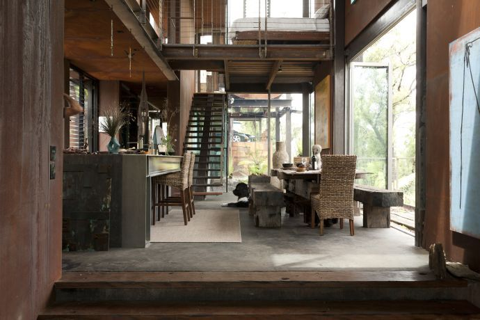 Callignee 2 Bush fire resistant architecture Dining room & kitchen