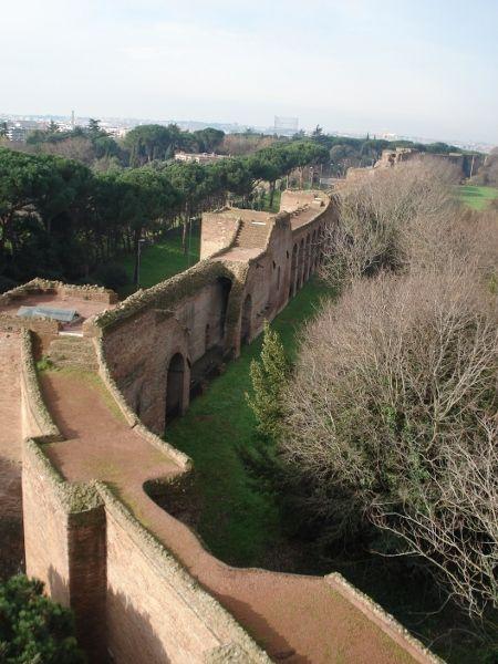 Walk along the Ancient Roman Walls at the Museo delle Mura - www.nicolasinn.com