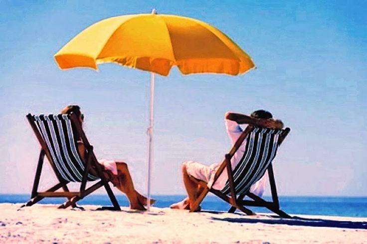 Aforismario: Spiaggia, Bikini e Abbronzatura - Frasi e Citazioni