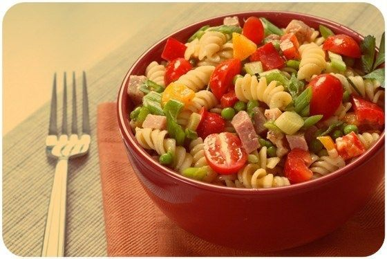 Italian salad with ham, cheese and vegetables. Recipe: http://wonderdump.com/italian-salad-with-ham/