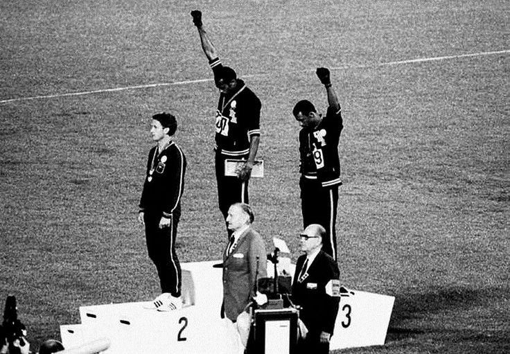 El tercer hombre del podio, que ni era negro ni levantó el puño