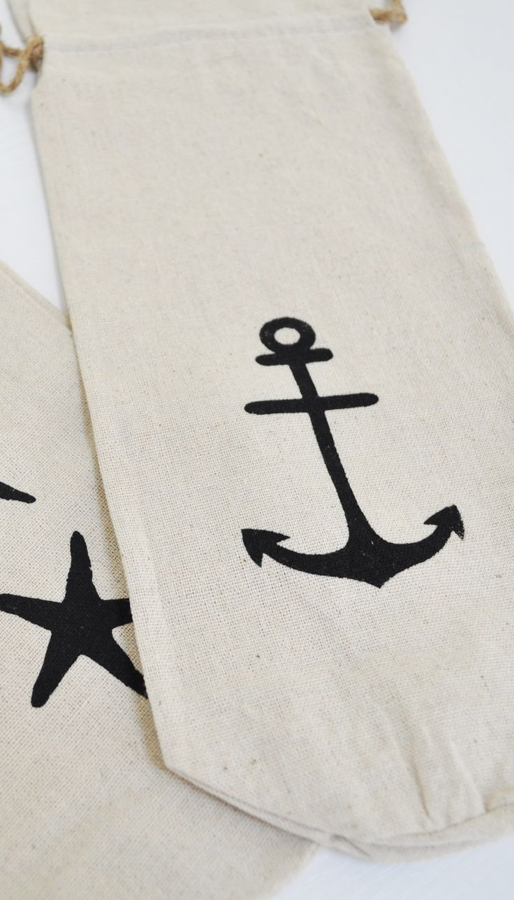 Nautical gifts for the home - Give Gifts In Style This Holiday Season With This Nautical Anchor Wine Bag Such A