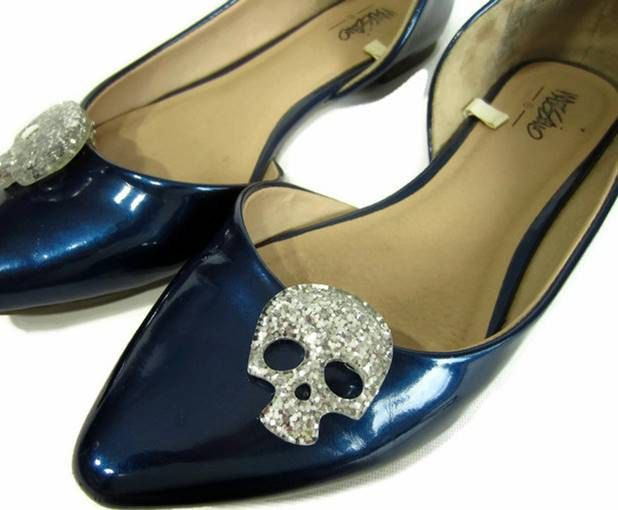 Silver Skull Shoe Clips, Silver Glitter Skulls, Sugar Skull Shoe Buttons, Rockabilly Shoe Clips, Gothic Shoe Clips, Punk Shoe Accessory by ShoesNChampagne on Etsy