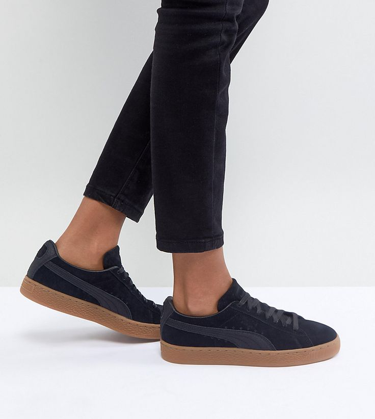 PUMA SUEDE CLASSIC SNEAKERS WITH GUM SOLE IN BLACK - BLACK. #puma #shoes #